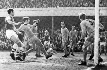 arsenal-v-wolves-68-69