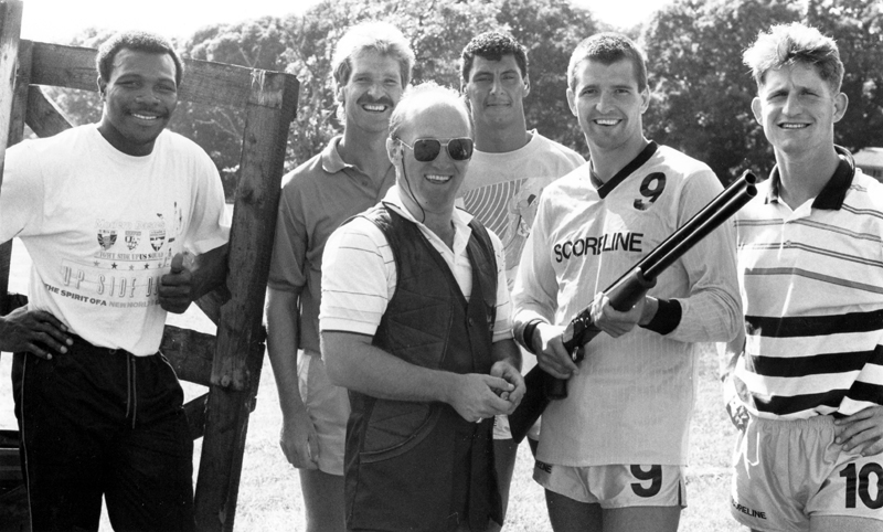 The hottest shot in town.....ANY town. Steve Bull gets ready for target practice, watched by Floyd Streete, Ally Robertson, Shane Westley and Andy Mutch.