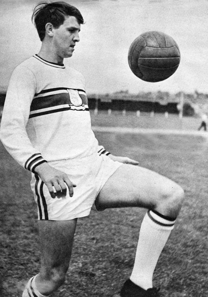 Bobby as a PLymouth player.