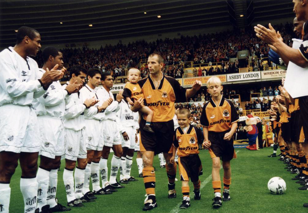 Steve Bull has his hands full in taking the acclaim before his big game against Santos.
