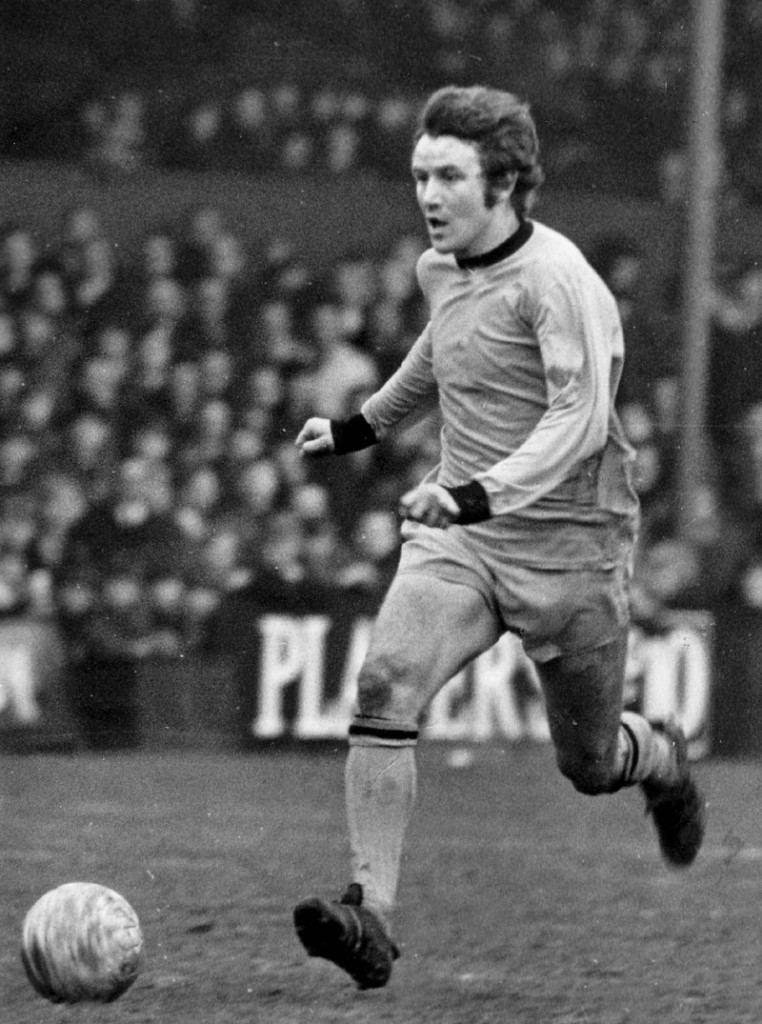 Les Wilson in full flight as a late 1960s Wolves favourite.