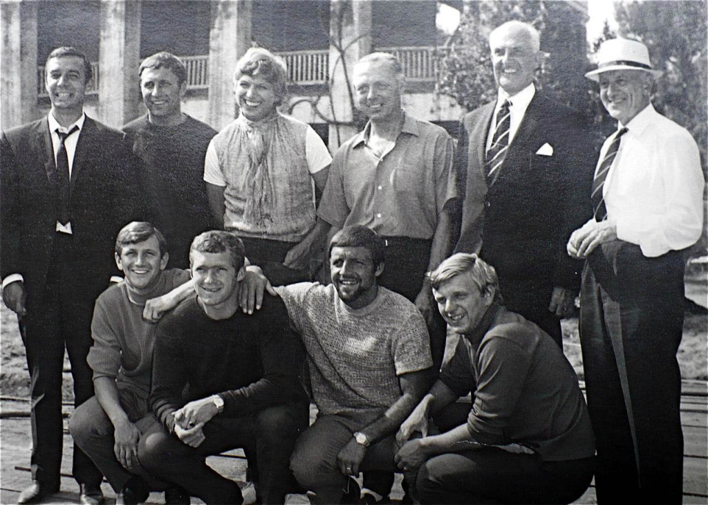 A relaxed Jack pictured alongside entertainer Tommy Steele on Wolves' 1967 trip to the UNited States and Canada. Also pictured from Wolves are Ronnie Allen and Mike Bailey on the back row and Les Wilson, Terry Wharton, Ernie Hunt and Paddy Buckley on the front.