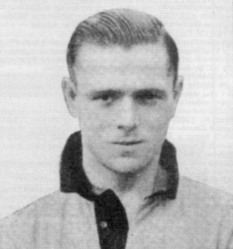 Dowen as player.