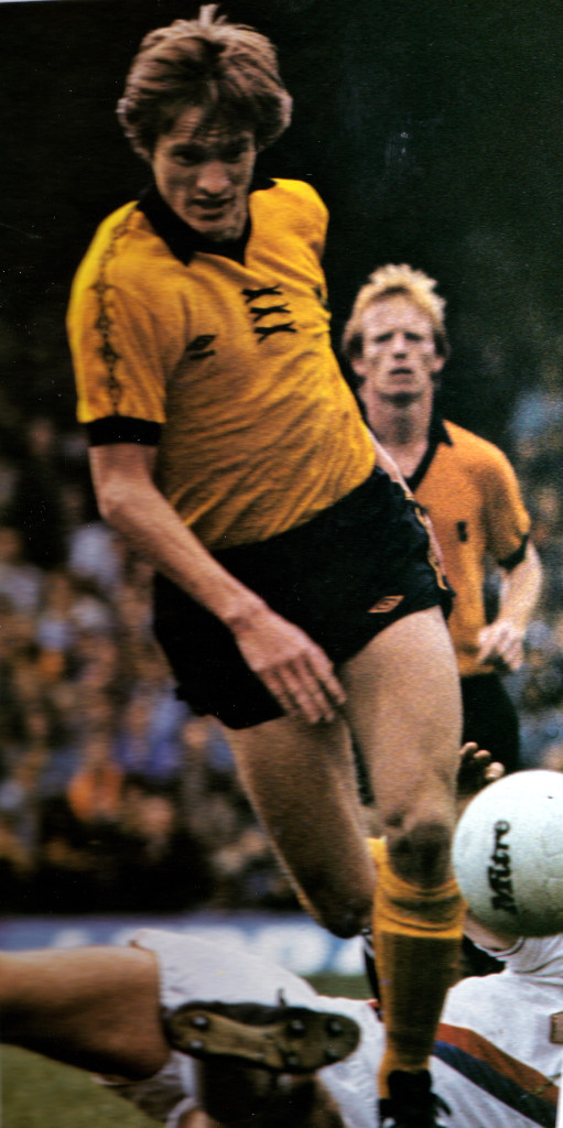 Mel Eves in action, watched by fellow 1980 Wembley winner Willie Carr.