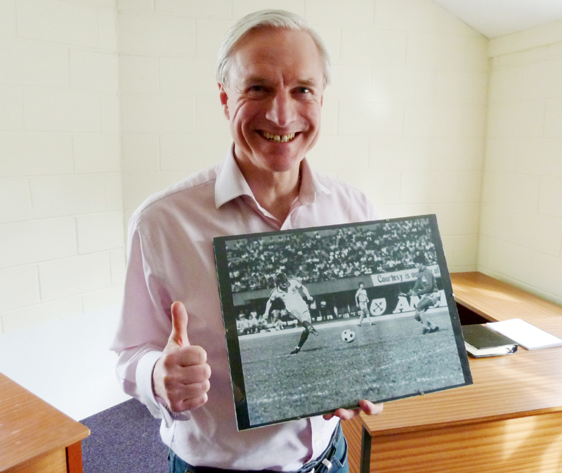 Showing off a keepsake of his travels with England B - as featured by us at http://www.wolvesheroes.com/2012/03/05/far-east-new-zealand-1978/ more than three years ago.
