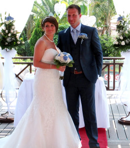 Nikki and Ryan Daley.....looking radiant.