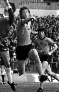 Billy Rafferty in action at Stamford Bridge, supported by his good friend John Richards.