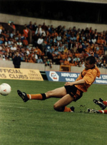 Steve Bull in action in the early 1990s. Photo by Mutchy.