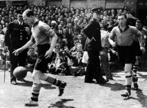 Stan Cullis runs out for his last Wolves game....the fateful title decider against Liverpool in 1947.